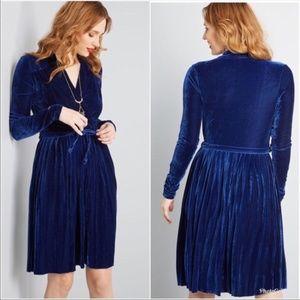 ModCloth Pleated Velvet Dress NWT Blue Wrap XS